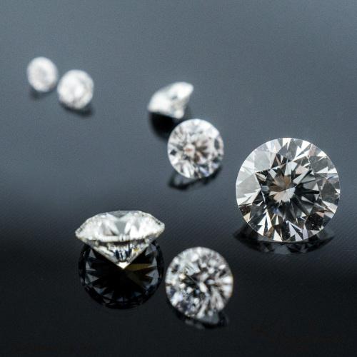 Přírodní diamanty