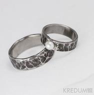 Prsten kovaná nerezová ocel - Draill s přírodní říční perlou