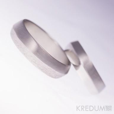 Fici - Design nerezový snubní prsten