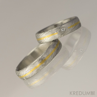 Snubní prsten damasteel, zlato a diamant 1,5 mm - Goda, struktura voda