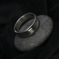 Siona a diamant princes 2,5 x 2,5 mm ve zlatě - Kovaný snubní prsten damasteel, S1387