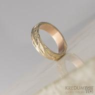 Zlatý snubní prsten - Gordik Red Gold - vel. 50, šíře 4 mm