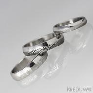 Snubní prsten damasteel - Prima DUO, spodní světlý čárky, prostřední tmavé dřevo, vrchní světlé dřevo