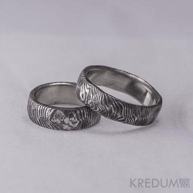 Snubní prsten nerezová ocel damasteel - Natura - čárky