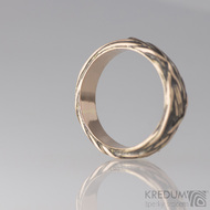 Motaný prsten - Gordik Mokume Gold red - patina