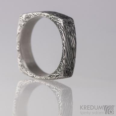 Round square, voda - Kovaný prsten damasteel, S1743