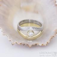 Gemini stone - zlatý a damasteelový zásnubní - snubní prsten a moissanite - produkt SK2390
