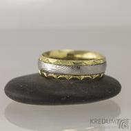 Zlaté snubní prsteny a damasteel - Kasiopea Engravius, vel. 53