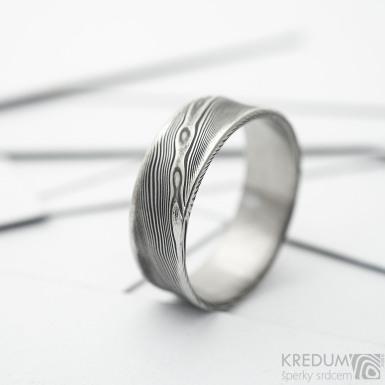 Collium Line - dřevo - Kovaný snubní prsten se žlábkem ocel nerez damasteel, SK3688