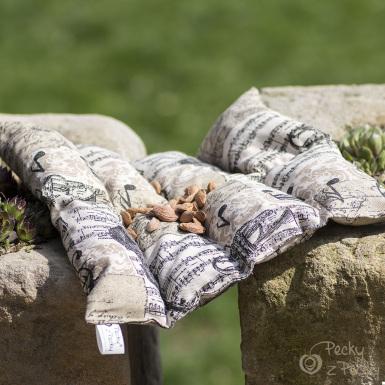 Termo peckový polštář - sedací se skořicí