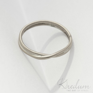 Bend silver - stříbrný snubní prsten - SK3936
