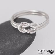 Zlatý snubní prsten - Marge White