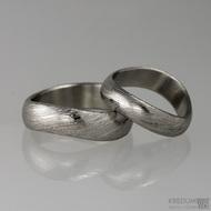 Kovaný nerezový snubní prsten damasteel - FOREVER, voda světlý