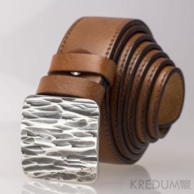 Kovaná nerez spona - Kavalír 3,5X - Kant a světle hnědý kožený pásek s prošitím