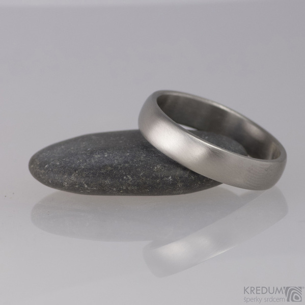 Kovaný nerezový snubní prsten - Klasik matný, profil B