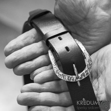 Stylová kovaná nerezová spona Betree 3,5 a kožený opasek