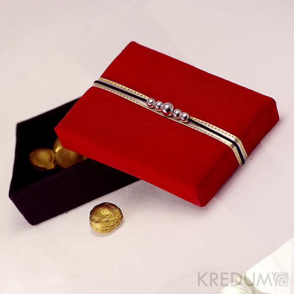 Krabička potažená hedvábím - červená