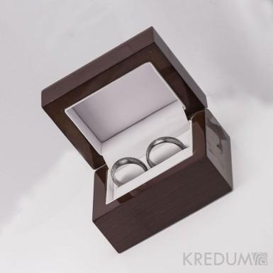 Dřevěná leštěná krabička - Long image - tmavě hnědá