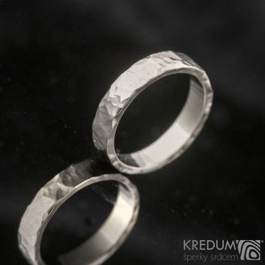 Golden Draill white - Zlaté snubní prsteny