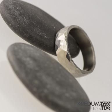 Prsten kovaný - Draill titan - lesklý