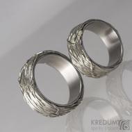 Motaný snubní prsten nerezový - Gordik - vyplněný stříbrem a s nerezovou vložkou