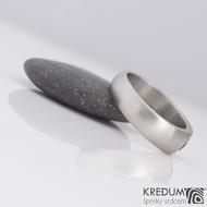 Eli stone - Kovaný prsten z nerezové oceli s vltavínem