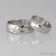 Kovaný nerezový snubní prsten - Klasik BG