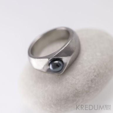 Gracia steel s černou perlou - Kovaný nerezový snubní prsten, S1451