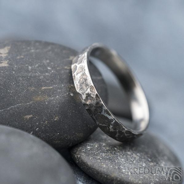 Archeos - velikost 62 CF, šířka 4,2 mm, tloušťka 1,4 mm - Kovaný nerezový snubní prsten, SK1303 (4)