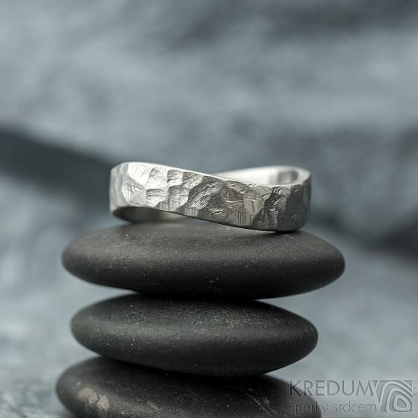 BG Forever - velikost US 10,5, šířka kovu 5 mm, matný - Kovaný prsten z nerezové oceli - et 1825