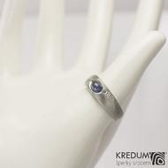 Blueli, oválný kabošon - Kovaný prsten damasteel - dřevo světlé