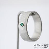 Draill a smaragd 2 mm do Ag - vel 53 6,9 1,2 mm lesklý - Nerezový snubní prsten - sk1456 (3)