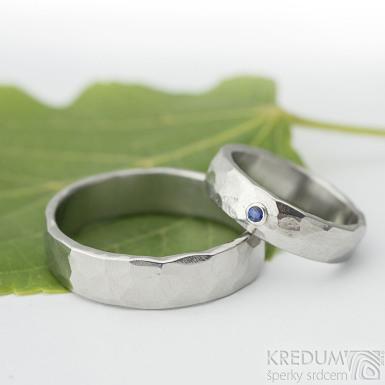Draill světlý a broušený kámen do 2 mm do stříbra - Prsten kovaná nerezová ocel