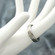 Draill line titan - matný - velikost 57, šířka 4,5 mm, tloušťka 1,7 mm - Titanový snubní prsten - k 1768