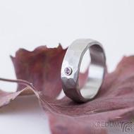 Draill matný a pink safír 2,2 mm do Ag - velikost 55, šířka 6,2, tloušťka 1,7 mm - Kovaný záasnubní prsten - sk2389 (2)