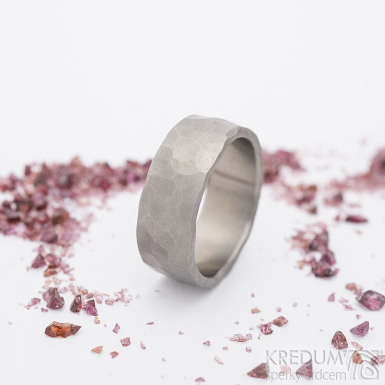 Draill titan matný - Kovaný prsten, SK2685