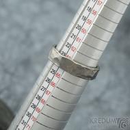 Draill titan matný - velikost 63,5 s vnitřním zaoblením, šířka 5,8 mm, tloušťka 1,8 mm - Snubní prsteny z titanu - sk1991