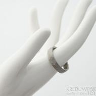 Draill titan matný - velikost 65, šířka 5,2 mm, tloušťka 1,7 mm - Kovaný prsten z titanu, SK2123 (2)