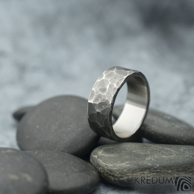 Draill tmavý - velikost 57,5; šířka 8 mm; tloušťka 1,8 mm - Nerezové snubní prsteny - sk1969 (3)