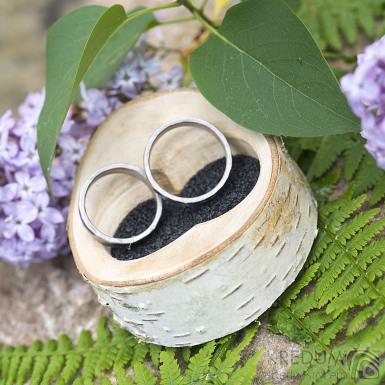 Dřevěná aranžovací miska na snubní prsteny - Bříza - SK2089