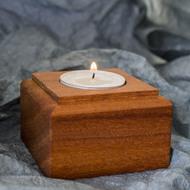 Dřevěná aranžovací podložka na snubní prsteny (5)