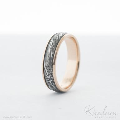 Kasiopea red - voda - Zlaté snubní prsteny a damasteel - SK4020