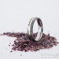 Duori red - 53, šířka 4,5 mm, dřevo extra TM, E - Damasteel a červené zlato, snubní prsteny, K 2482