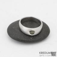 Eli stone - Nerezový prsten s vltavínem - vel 51, šíře hlava 6 mm do dlaně 4 mm, povrch mat -  k 0817 (2)