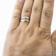Gemini Ring - zlatý a damasteel prsten velikost 62 na ruce - SK2393