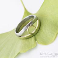 Gemini Ring - zlatý (žluté) a damasteel (dřevo) prsten, velikost 62 - produkt číslo SK2393