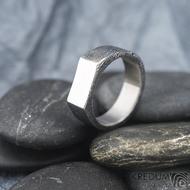 GLINT voda - Kovaný prsten z oceli damasteel, SK1624