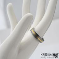 Golden line - prsten damasteel a zlato, SK1332