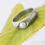 Gracia steel matný bílá perla, nerezový zásnubní prsten - sk2428 (6)