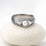 Gracia voda s říční perlou - lept 100% TM, velikost 57, šířka hlavy 7 mm do dlaně 5 mm - Damasteel zásnubní prsten - k 1185 (3)